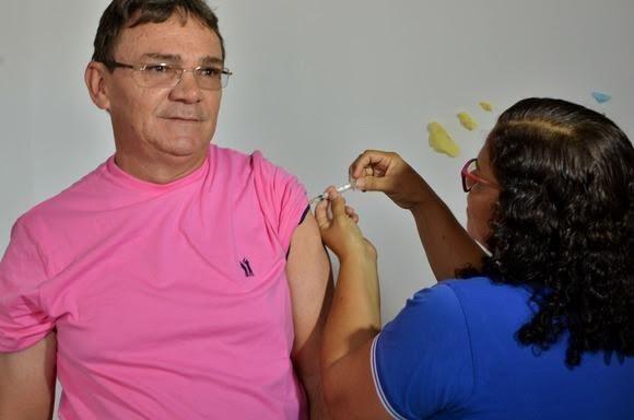 Vacinação contra a gripe em Campina Grande vai ser retomada na sexta-feira (3), diz prefeitura