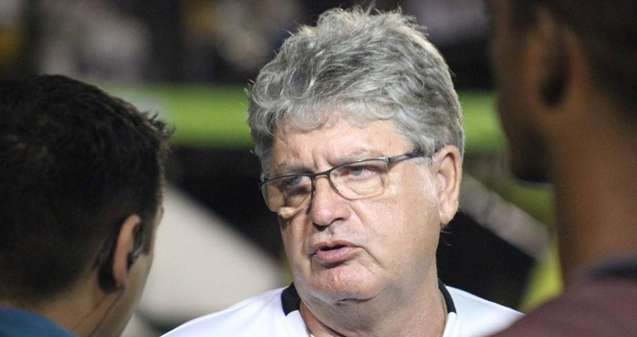 Geninho não resiste a sétima derrota e deixa o comando do ABC