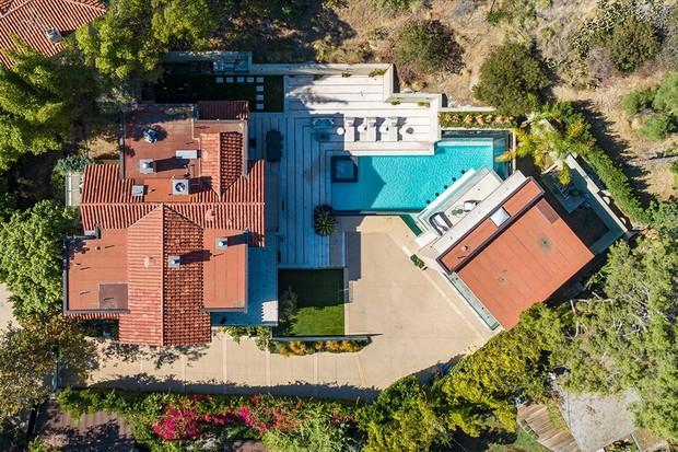 Rihanna coloca mansão invadida para alugar por R$ 131 mil em Los Angeles (Foto: Divulgação)
