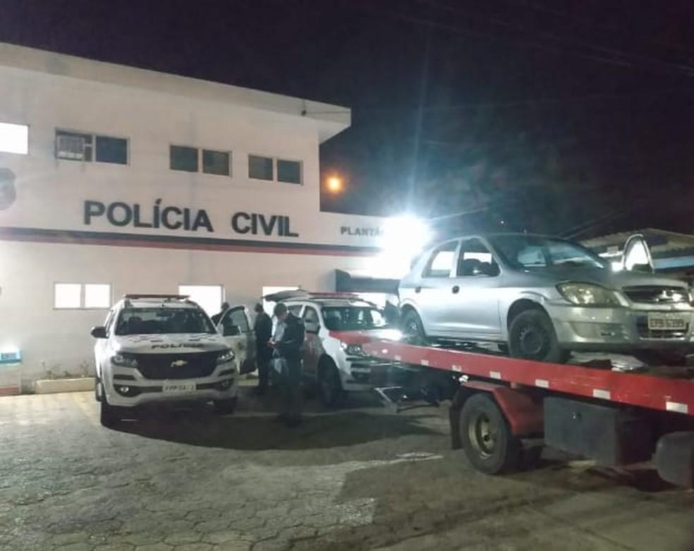 Motorista tenta fugir sem pagar conta em posto de combustível  — Foto: Reprodução/Jornal + Bragança