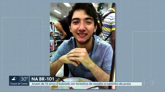 'Eu vi o meu filho baleado. Ele ia morrer',  diz pai de adolescente atingido por tiros em São Gonçalo