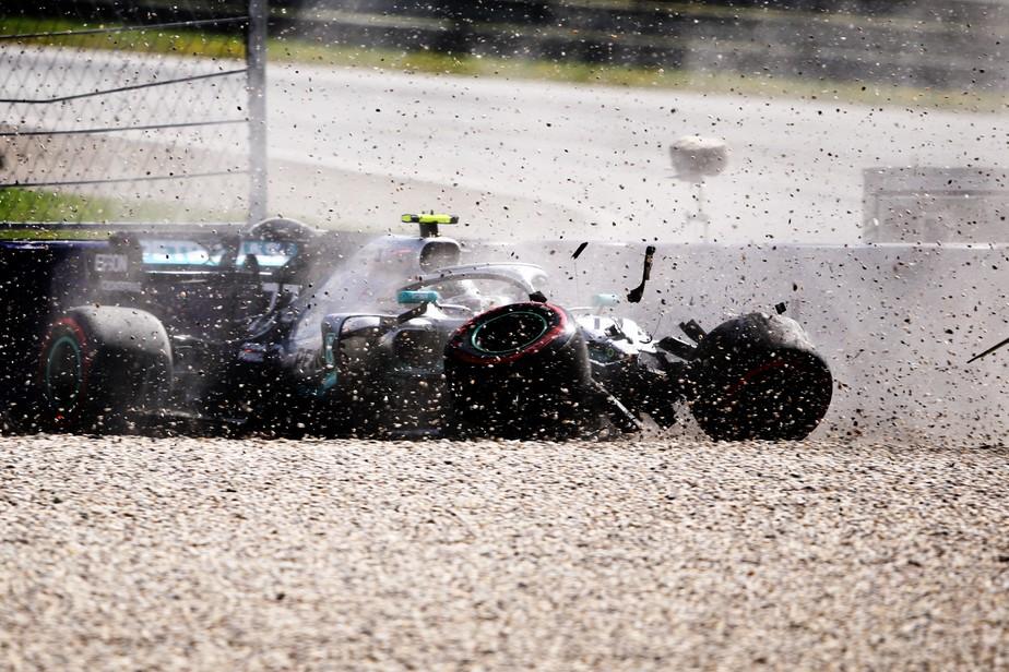 GP da Áustria: Leclerc faz melhor tempo em treino com fortes acidentes de Verstappen e Bottas