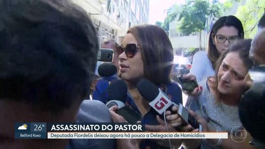 Flordelis deixa a delegacia de Homicídios de Niterói depois de tentar ver o filho Flávio