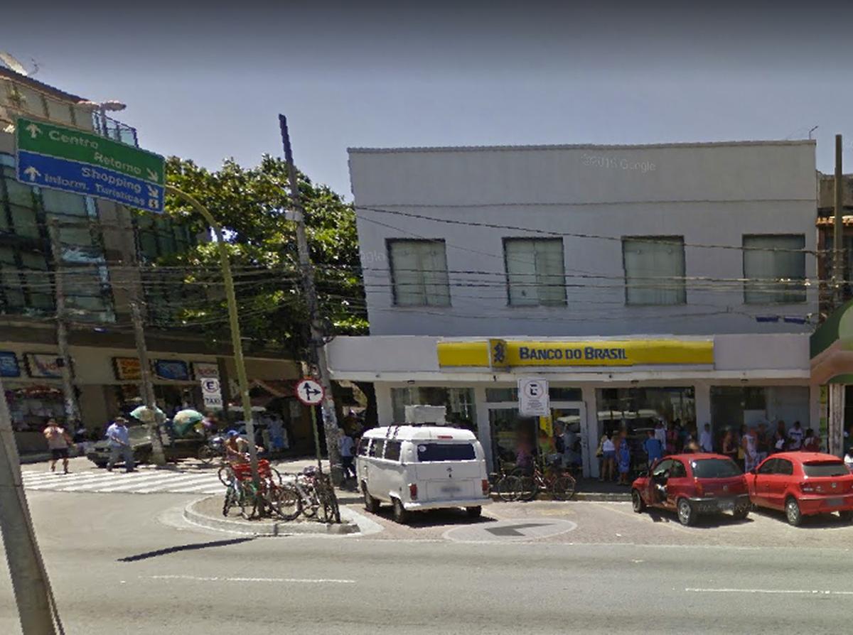 Agência bancária é roubada no Centro de Rio das Ostras, no RJ