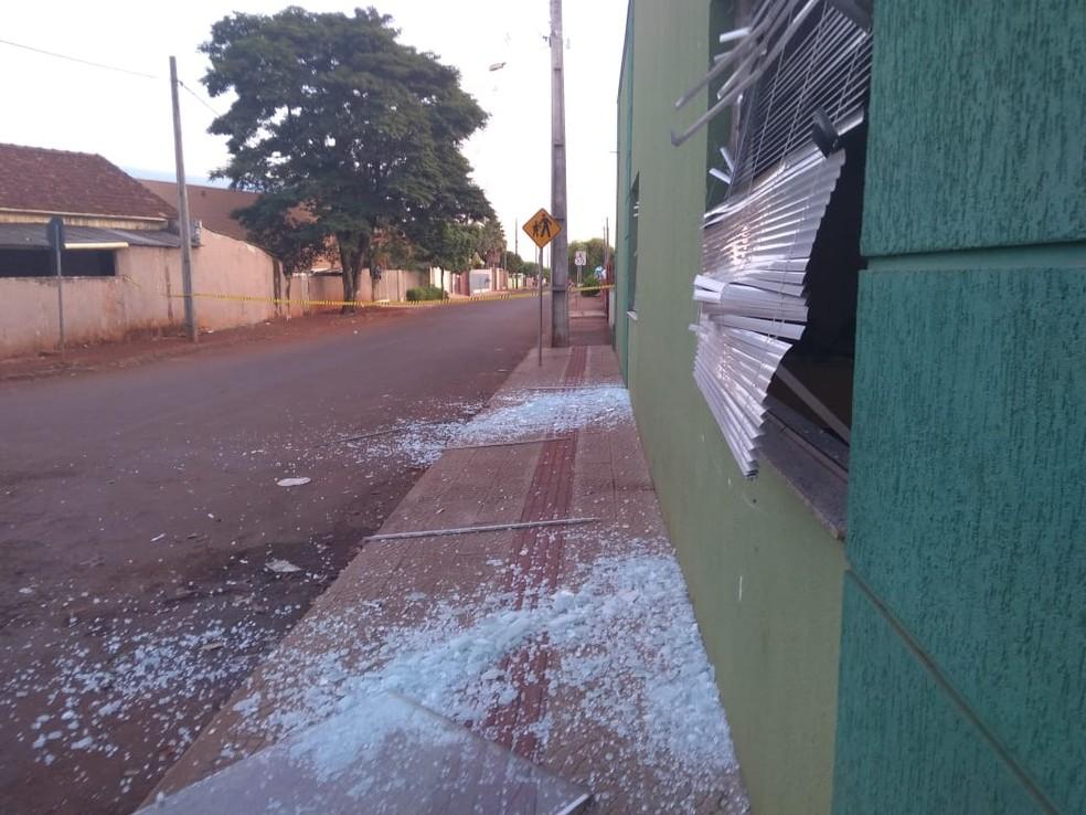 Agência ficou totalmente danificada — Foto: Divulgação