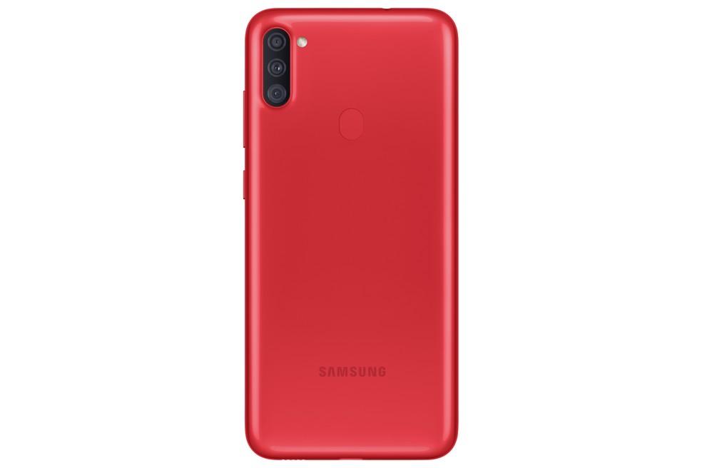 Galaxy A11 na cor vermelha — Foto: Divulgação/Samsung