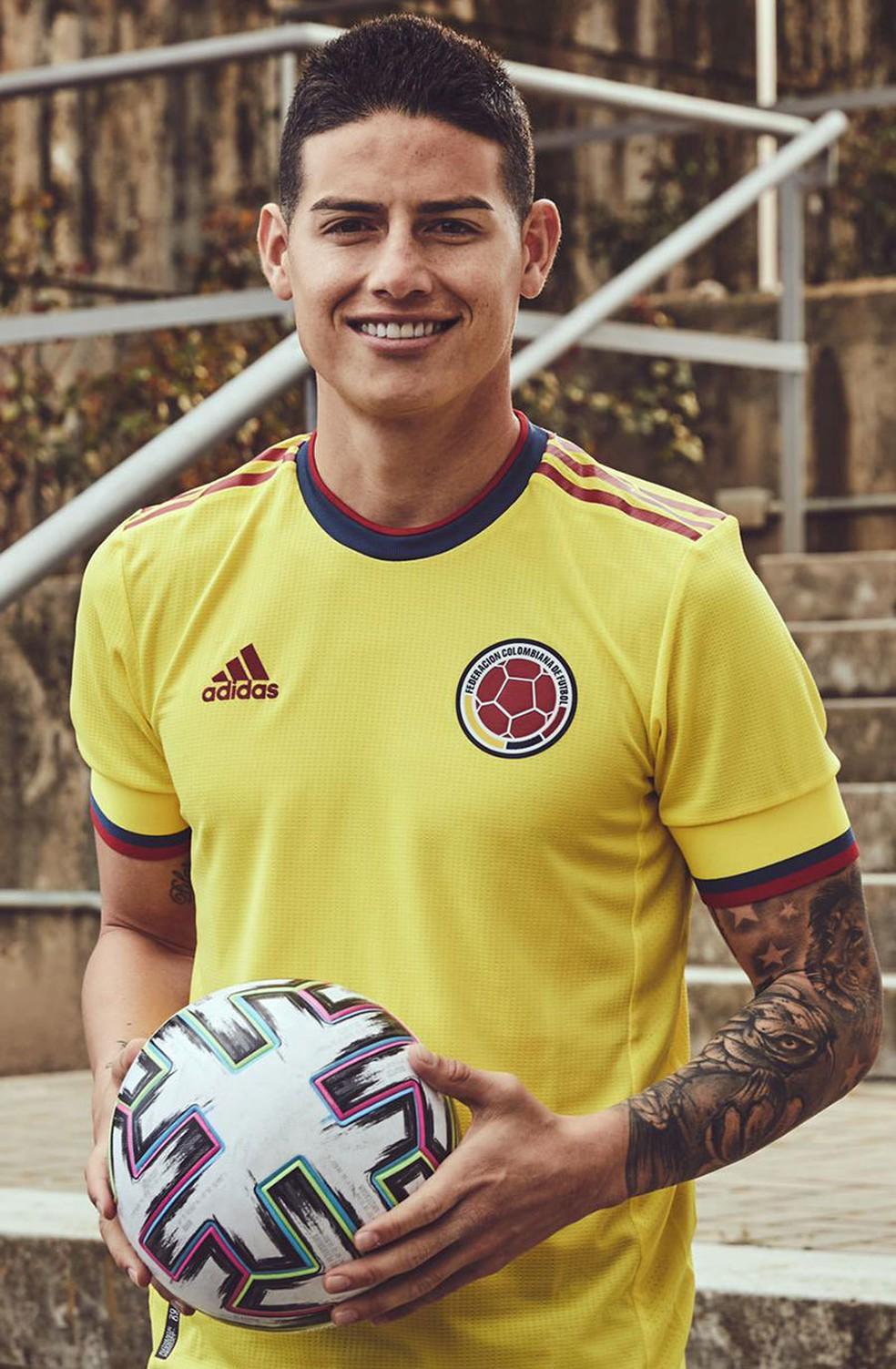 James Rodríguez e a nova camisa principal da Colômbia — Foto: Divulgação/Adidas