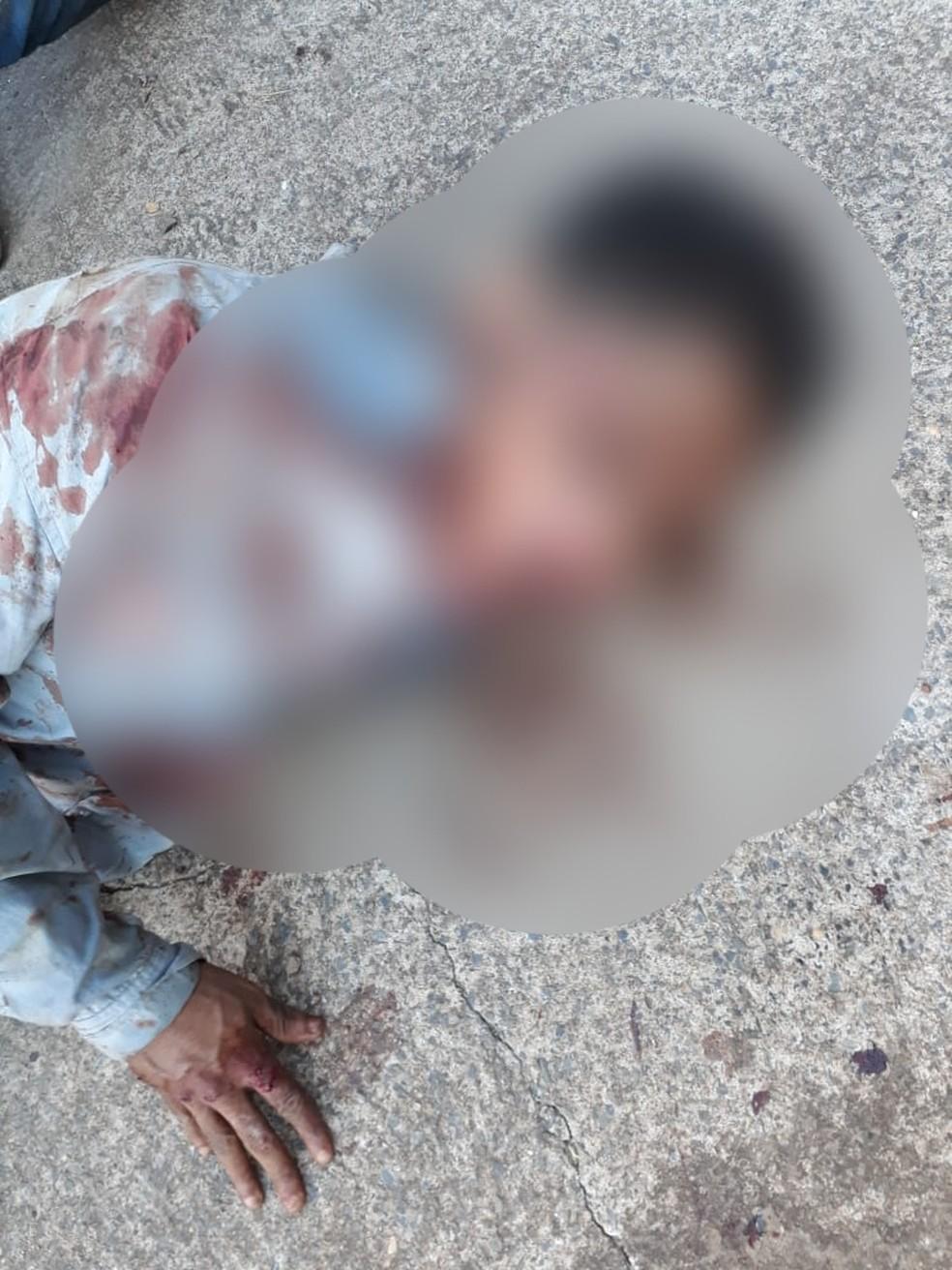 Segundo suspeito também fica ferido em acidente após assalto — Foto: Polícia Miltiar- MT