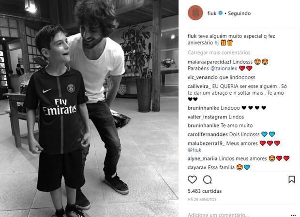 Fiuk parabeniza o irmão Záion na web (Foto: Reprodução/Instagram)