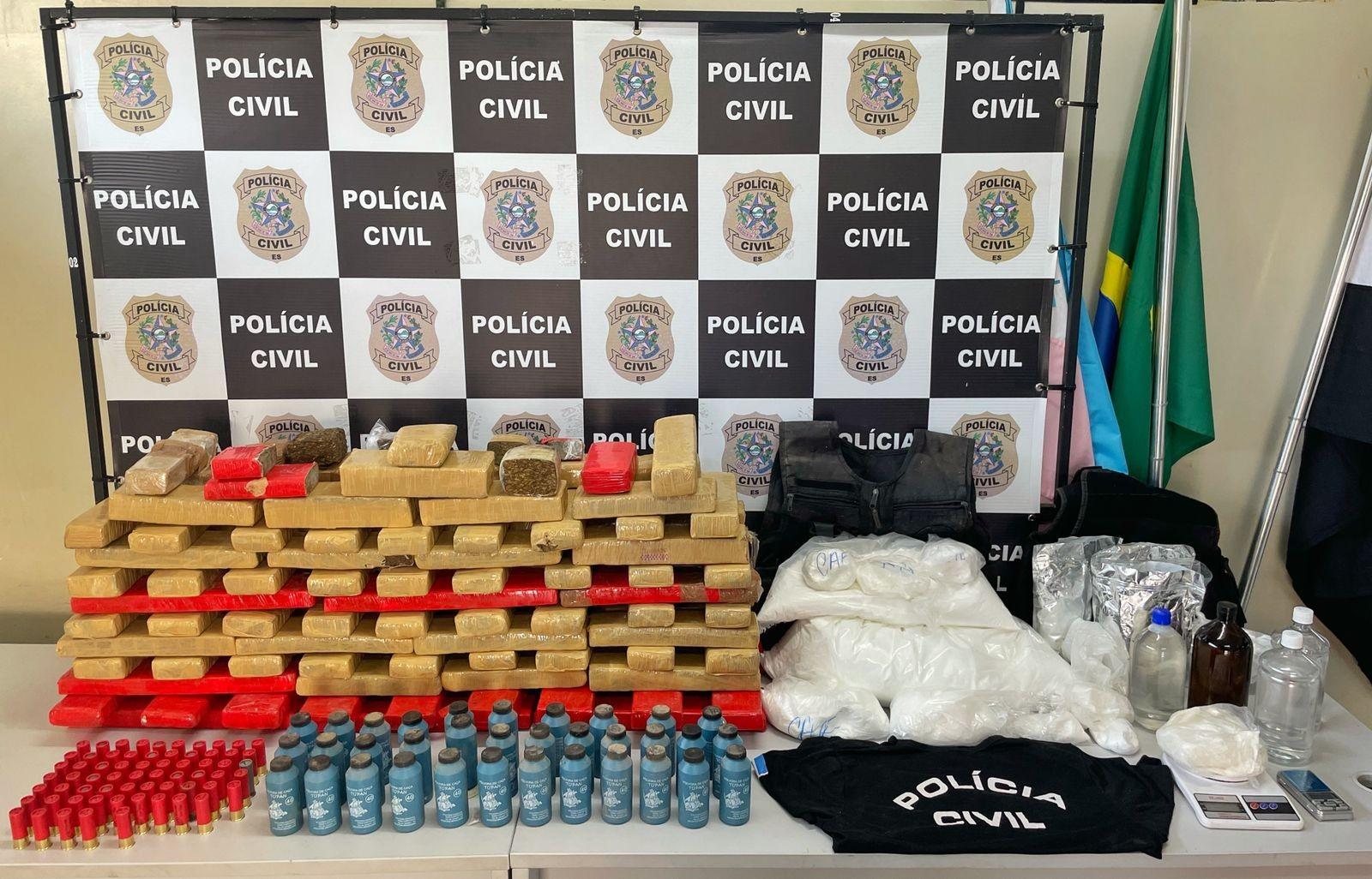 Polícia apreende 90 kg de drogas em 'laboratório do tráfico' de Vila Velha, ES