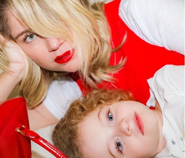 Juliana Baroni e a filha, Maria Eduarda, de 3 anos (Foto: Reprodução/Instagram)