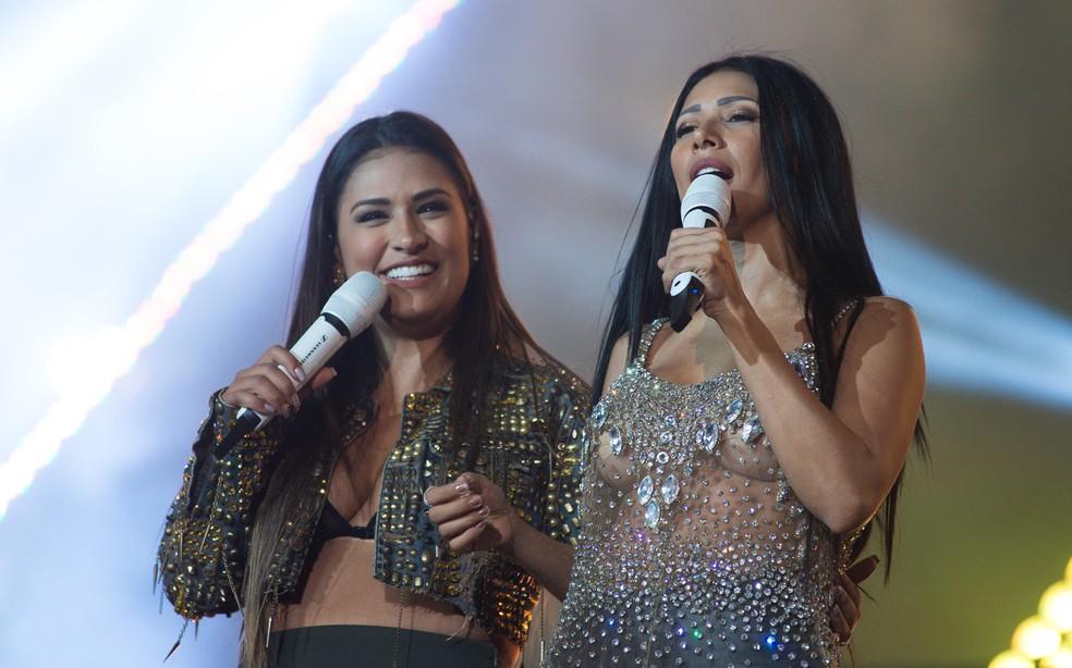 -  Irreverentes, Simone e Simaria arrancaram risadas dos fãs durante show em Barretos 2017  Foto: Érico Andrade/G1