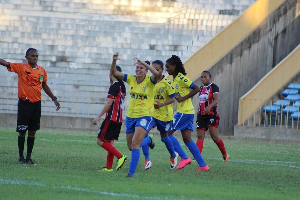 Tiradentes x São Paulo - Copa Piauí Feminino (Foto: Emanuele Madeira)