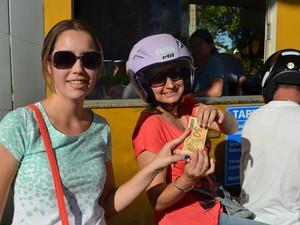 Pedágio de R$ 0,75 é pago com notas de R$ 50 em Araraquara, SP (Foto: Felipe Turioni/G1)