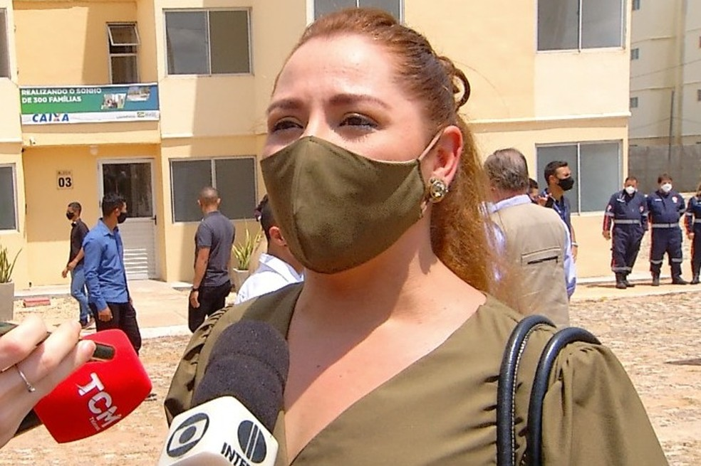 Professora Ludimilla Oliveira é nomeada reitora da Ufersa — Foto: Flávio Soares/Inter TV Costa Branca