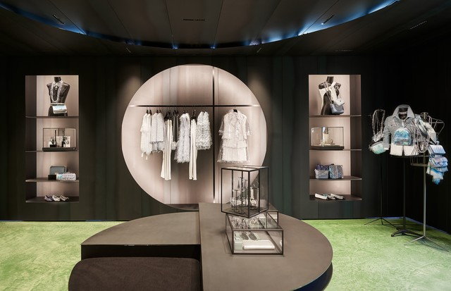Pop up store da Chanel em Saint-Tropez  (Foto: Olivier Saillant)