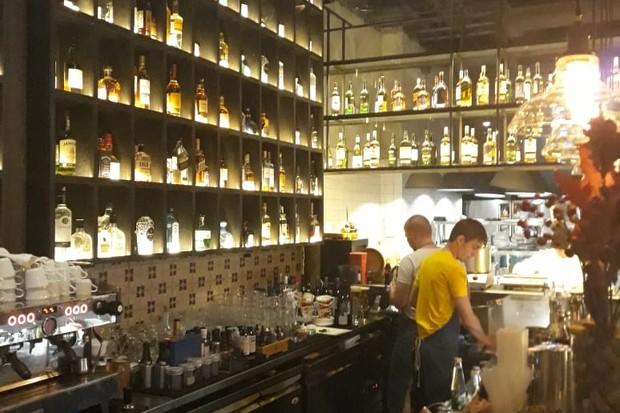 O Fahrenheit, bar mais cool de Moscou (Foto: Pedro Carvalho)
