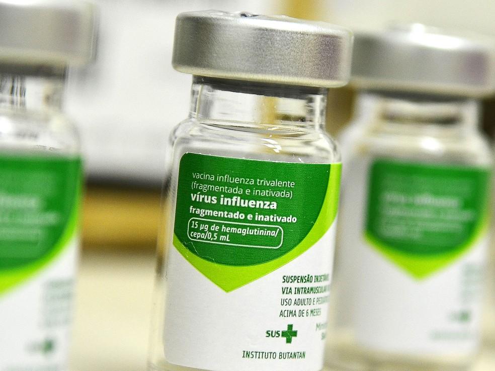 Frasco de vacina contra o vírus Influenza — Foto: Prefeitura de Marília/Divulgação