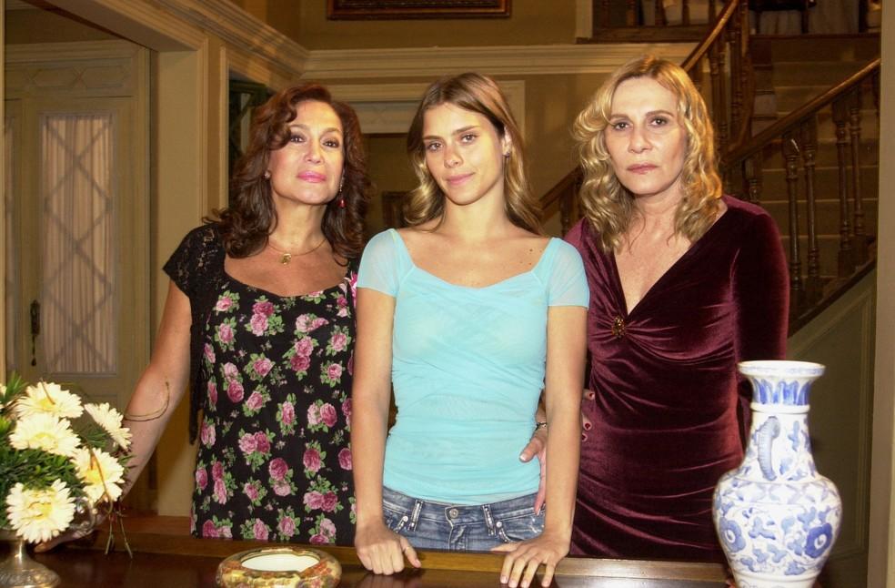 Susana Vieira, Carolina Dieckmann e Renata Sorrah em Senhora do Destino, de 2004 (Foto: Globo/João Miguel Junior)