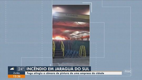 Incêndio atinge empresa em Jaraguá do Sul na noite de quinta-feira