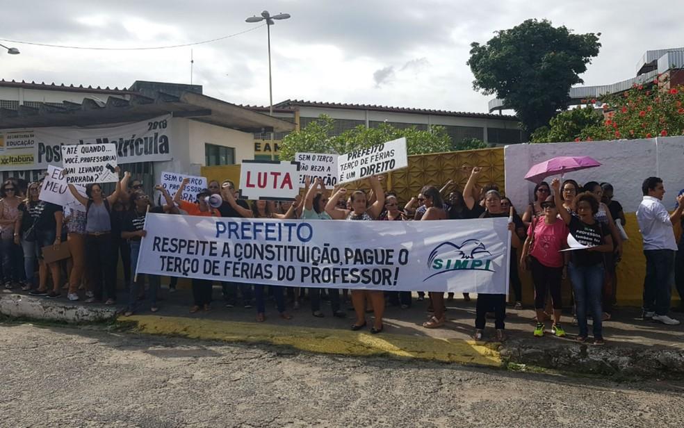 Professores de Itabuna entram em greve após falta de pagamento (Foto: Divulgação/Simpi)
