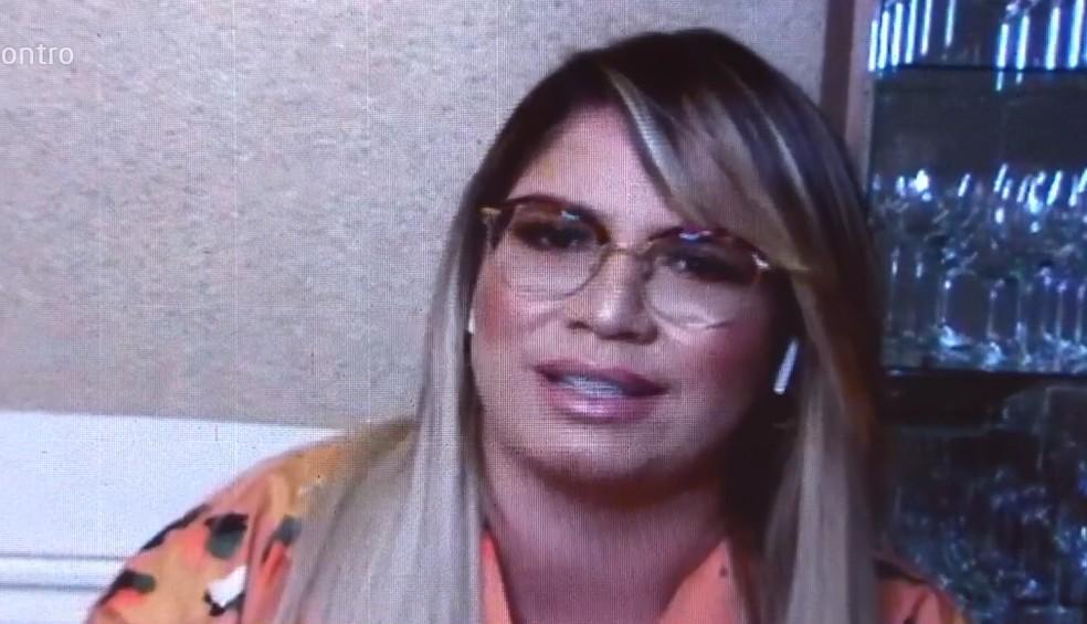 Marília Mendonça relembra 'pressão' para entrar nos padrões estéticos no começo da carreira — Foto: Globo