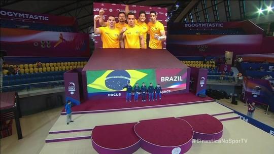 Equipe brasileira masculina de ginastica é apresentada na final do Mundial em Doha