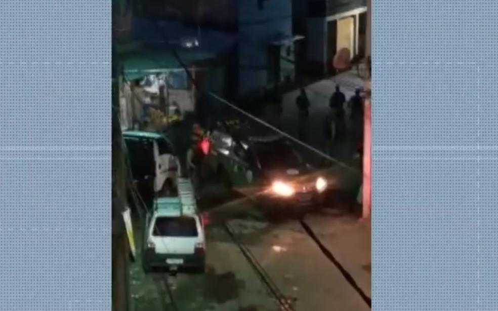 Ação policial ocorreu na localidade da Baixinha de Santo Antônio — Foto: Reprodução/TV Bahia