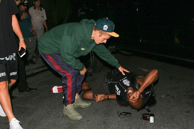 Justin Bieber atropela fotógrafo por acidente (Foto: The Grosby Group)