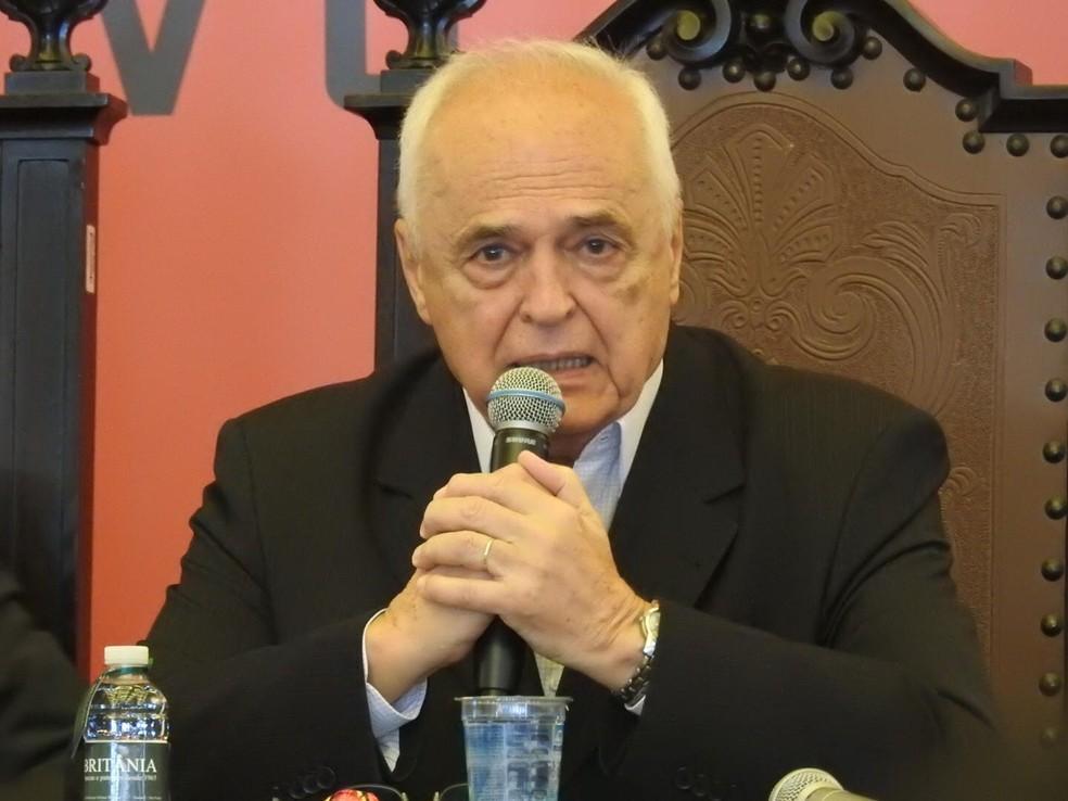 Presidente Leco está próximo das organizadas atualmente (Foto: Marcelo Hazan)