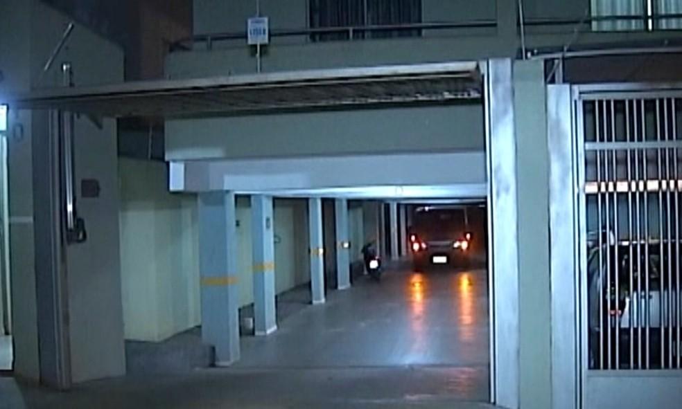 Suspeito de duplo homicídio teve a prisão em flagrante convertida em preventiva (Foto: Reprodução/TV Integração)