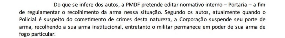 Trecho de parecer da Procuradoria-Geral do DF sobre PMs acusados de violência doméstica. — Foto: Reprodução