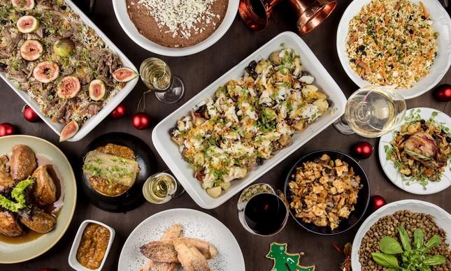 Ceia do Didier restaurante: delícias como foie gras torchon com chutney de manga, peru de Natal com farofa de crackers e codorna recheada com bacon