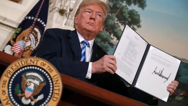 Trump anunciou em maio a saída dos EUA do acordo, assinado por seu antecessor, Barack Obama (Foto: AFP via BBC)