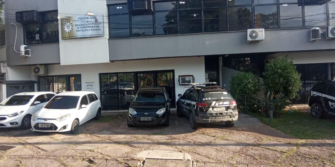 Polícia prende homem que matou família na Zona Sul após briga de trânsito em Porto Alegre