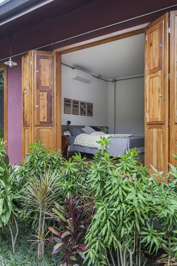 Uma casa para aproveitar a vida com os amigos e a família (Foto: Alê Guimarães)