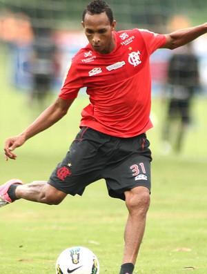De olho em 2013, Bahia tenta contratar atacantes Liedson e Sassá