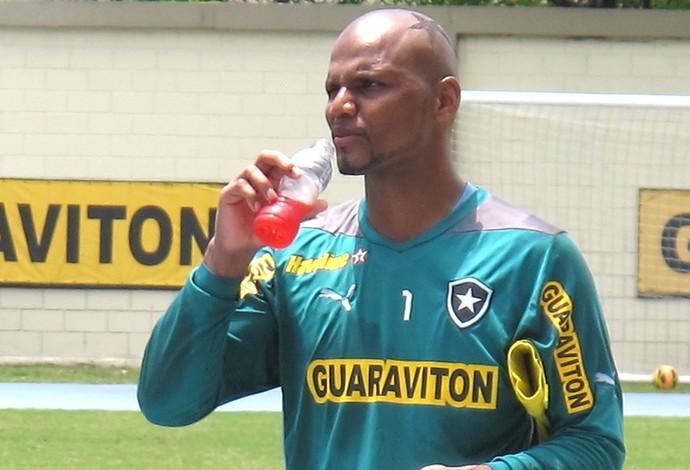 Jefferson treino Botafogo (Foto: Thales Soares)