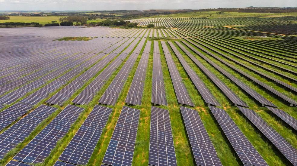 A geração de energia solar fotovoltaica representa cerca de 1,2% da matriz elétrica do Brasil — Foto: AES Tietê/Divulgação