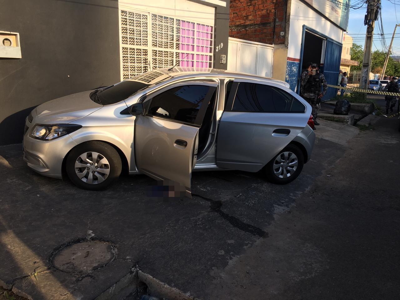 Vídeo mostra momento em que jovens são mortos dentro de carro na Zona Leste de Teresina