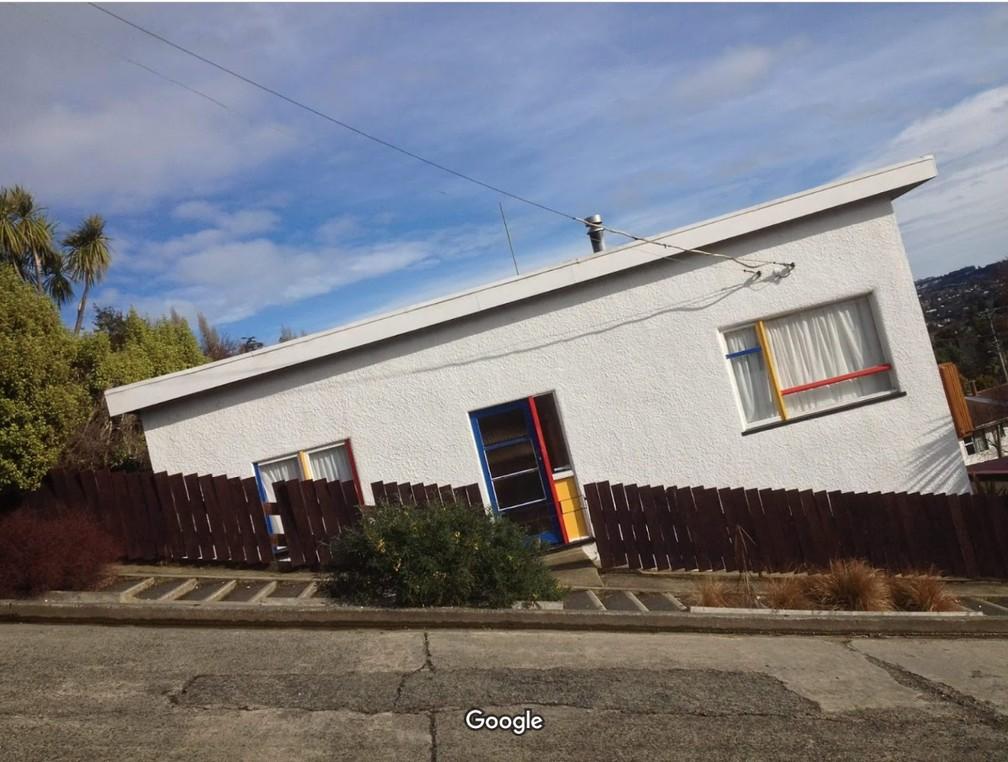 A agora segunda rua mais íngreme do mundo, a Baldwin Street, em Dunedin, na Nova Zelândia. — Foto: surya agrazkancharla/Google Maps