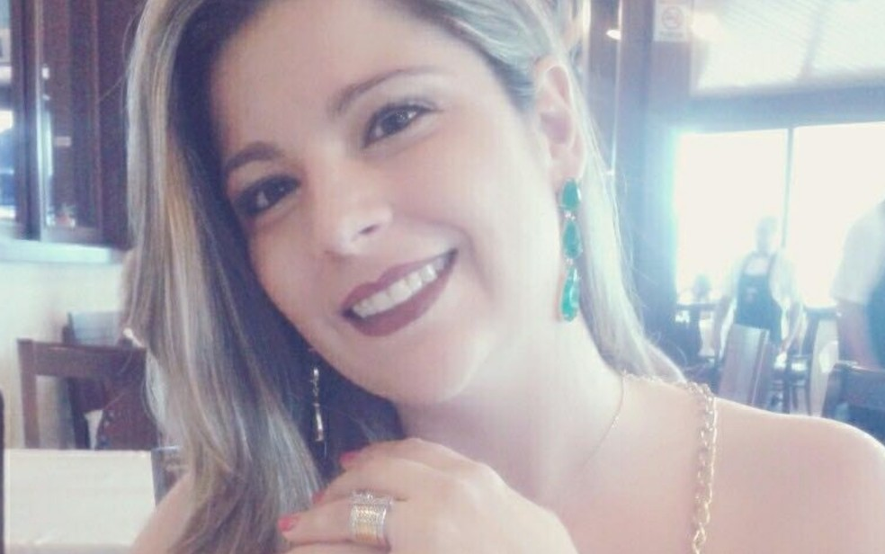 Giselle Evangelista, de 38 anos, foi encontrada morta em apartamento (Foto: Reprodução/Arquivo pessoal)