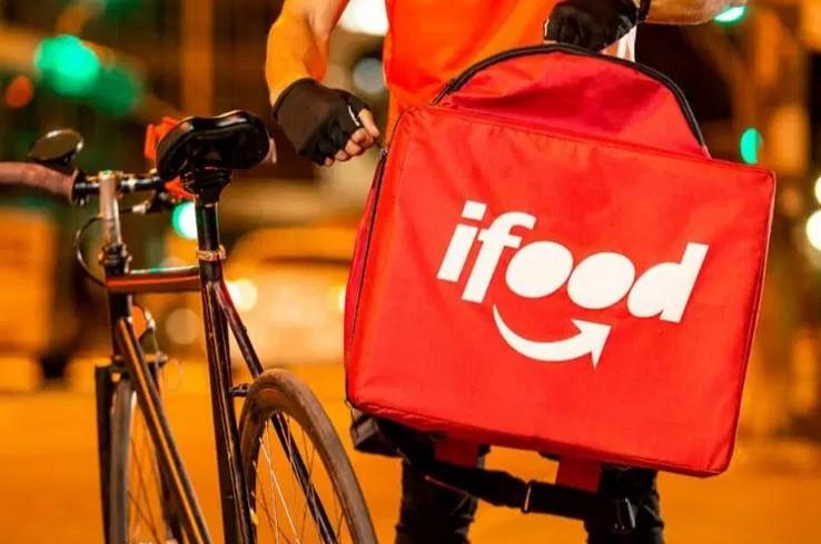 Procon multa iFood em R$ 2,5 milhões por fraudes na maquininha e cobranças abusivas de entregadores