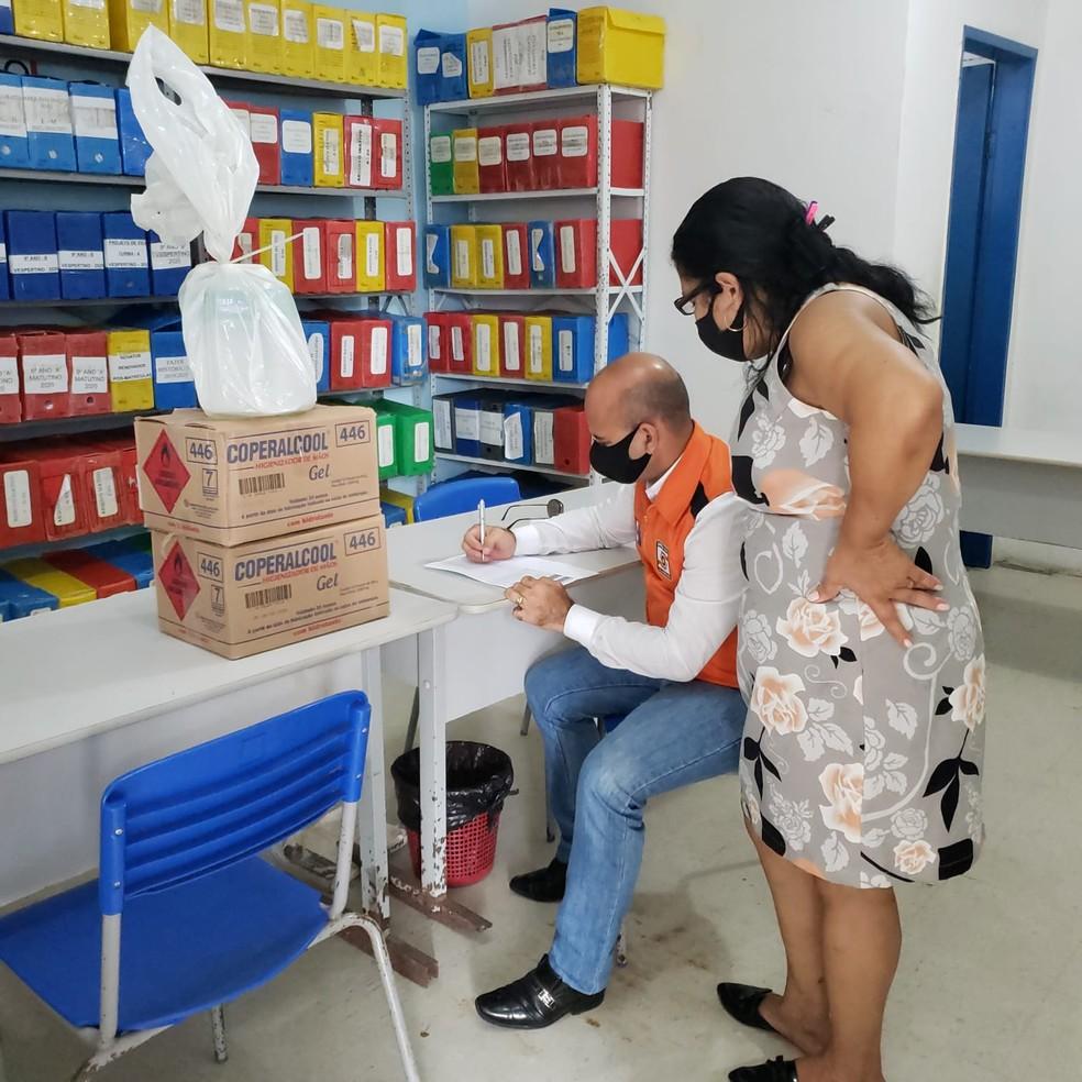 Produtos de higienização que a Defesa Civil de Alagoas entrega nos locais de votação em Maceió — Foto: Ascom/Defesa Civil de Alagoas