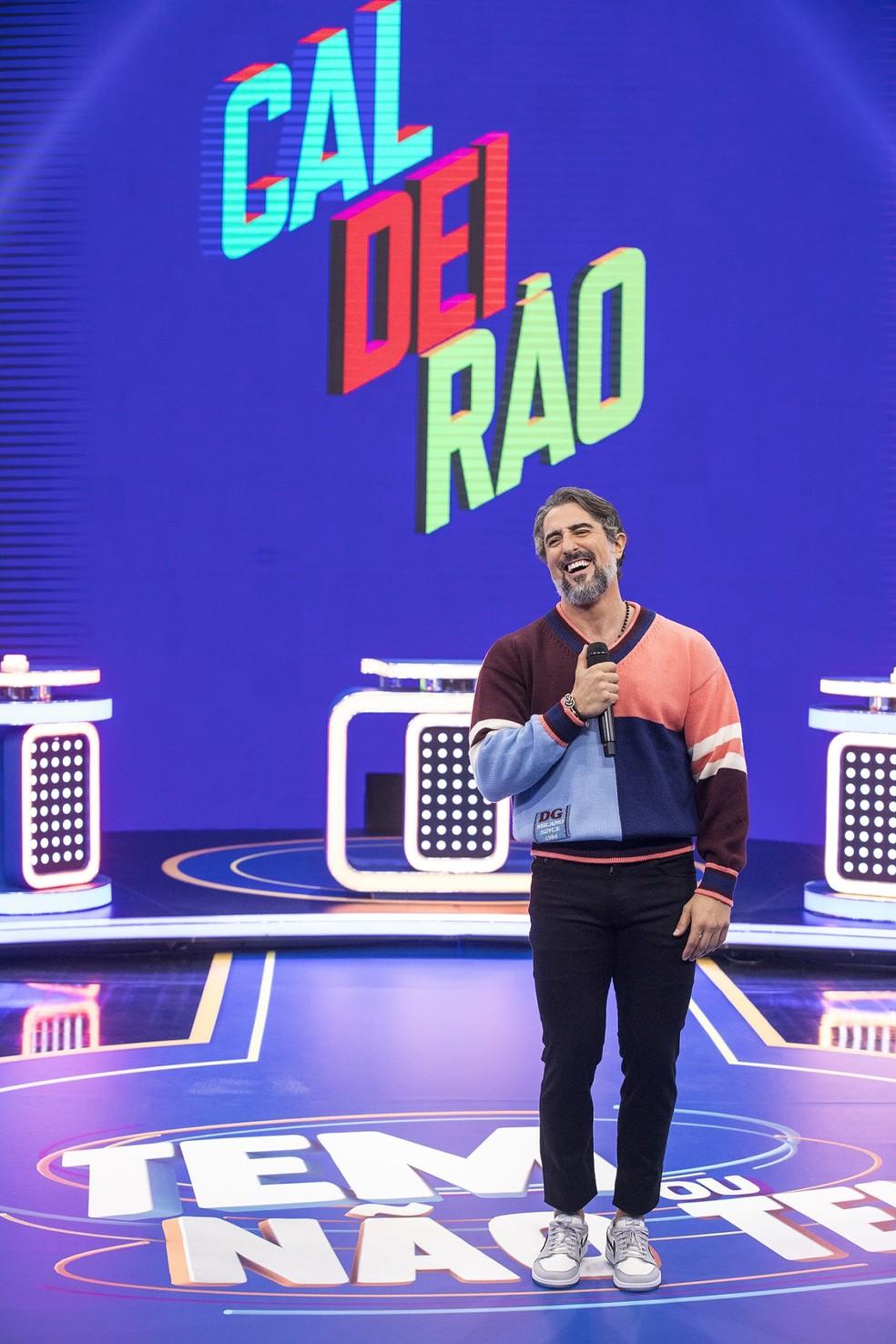 Marcos Mion no cenário do novo Caldeirão — Foto: João Cotta / Globo