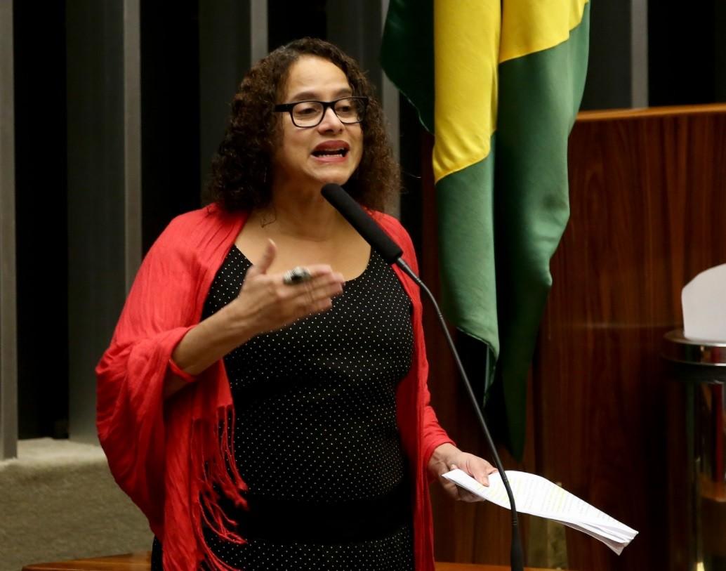 Vice-governadora Luciana Santos tem diagnóstico de Covid-19, assim como governador, chefe de gabinete e secretário de Saúde