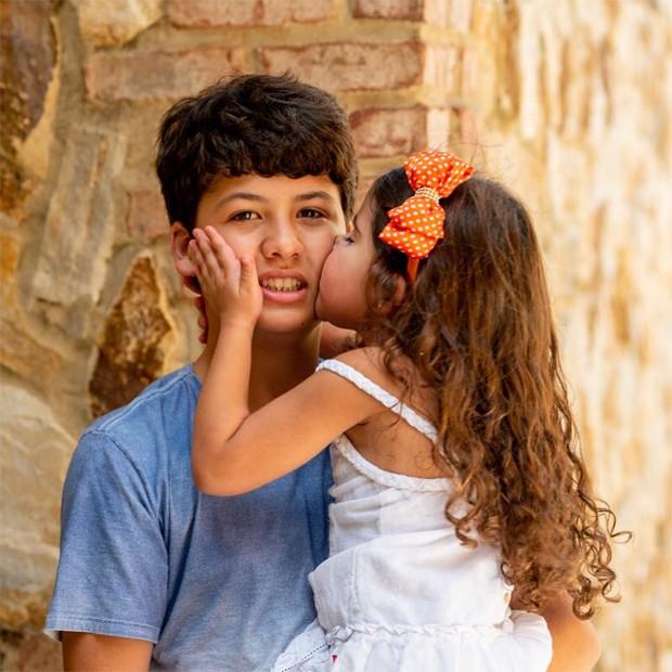 Miguel Frias e a irmã, Bruna Rocha (Foto: Reprodução / Instagram)