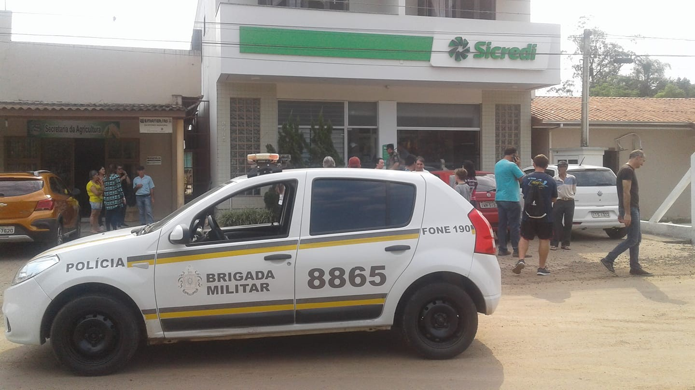 Assaltantes fazem refém em ataque a agência bancária em Itati, no Litoral Norte - Notícias - Plantão Diário