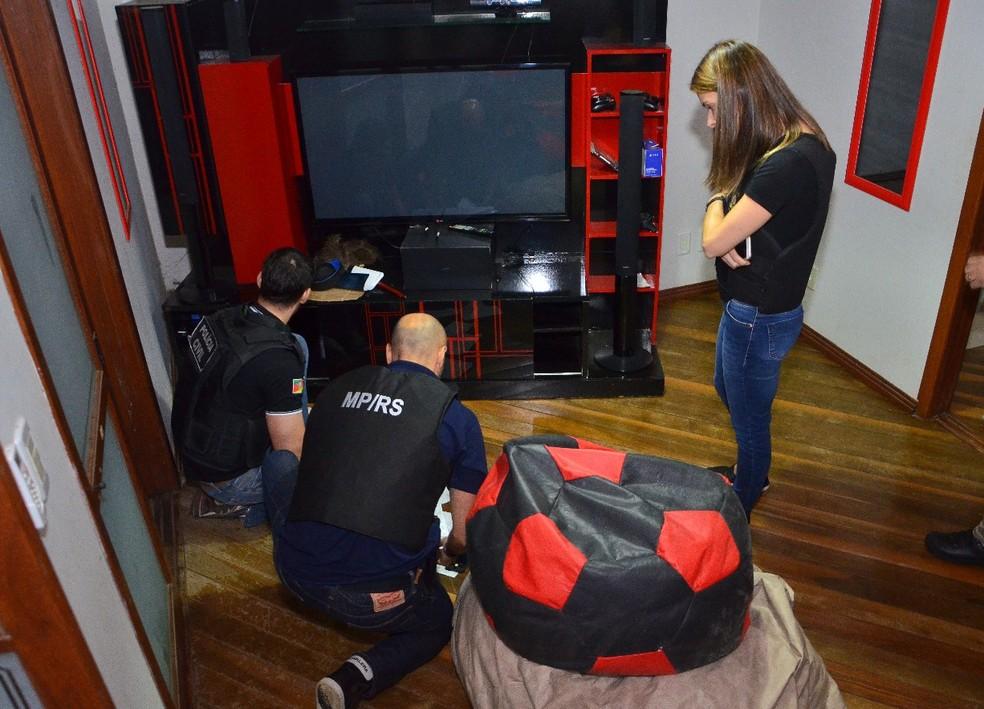 Mandados de busca e apreensão foram cumpridos (Foto: Ministério Público/divulgação)