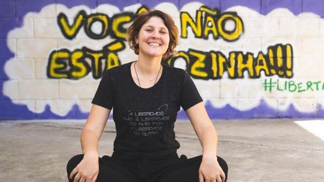 'Precisamos falar nas escolas do risco de sexualização precoce e violenta de adolescentes' - Notícias - Plantão Diário